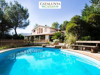Catalunya Casas: Five-bedroom villa in Vacarisses for 11 people just outside of