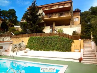 Heavenly 3-story villa in Sant Feliu with 5 bedrooms and a private pool only