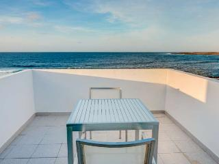 Apartment ONZISPOT 5 in La Santa for 2 persons
