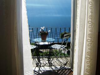 Romantic Waterfront Hideaway, Lake Como, Sala Comacina