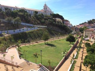 Appartement avec terrasse au coeur de Graça, Lisbonne