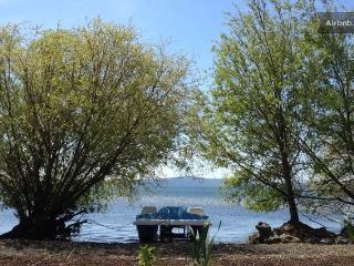 villetta con parco e spiaggia privata, Trevignano Romano