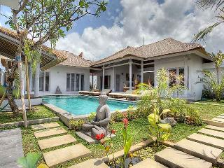 Comfy & Exotic Villa in Seminyak, Kuta