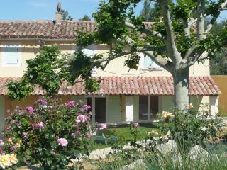 Les cyprés Maisons de location sur Bonnieux
