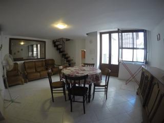 Meraviglioso Appartamento in Centro Storico, Lipari