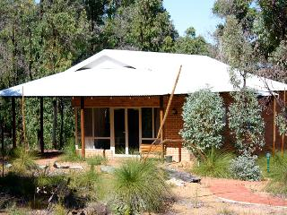 Chalets on Stoneville, Perth
