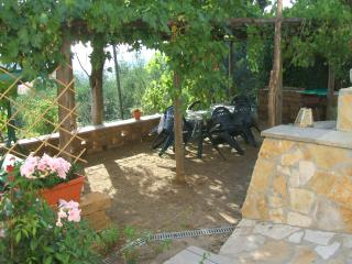 casa contadina con vista mare