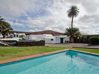 Villa MAJIBE in Los Valles for 2p