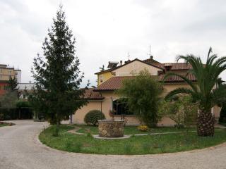 """""""A casa di Pietro""""  Guest House – Affitti per soggiorni brevi"""
