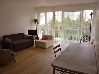 2 chambres salon et balcon vues sur arbres