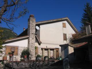 Villa, Cerreto Laziale