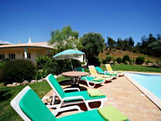 V4 Farm - 4 Bedrooms Villa near Portimao