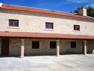 V7 Costa - 7 Bedrooms Villa in Montalegre