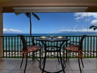 Kaleialoha 309 Gorgeous Direct Oceanfront Views!, Honokowai
