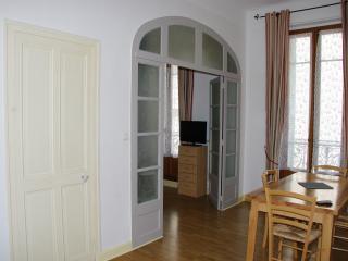 Bel appartement Avignon centre historique, Aviñón
