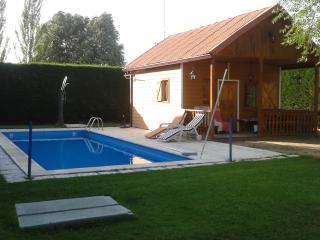 casa de madera con piscina, Ségovie
