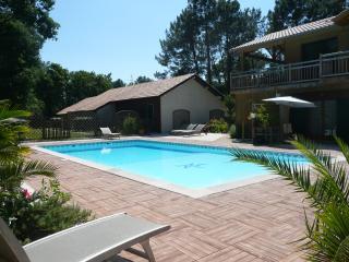 Gîte 2 pers piscine chauffée proche golf & océan1