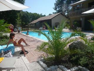 Gîte 3/5 pers piscine chauffée proche golf & océan