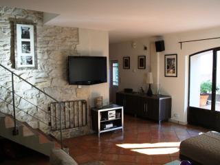 maison de village de charme, Lirac
