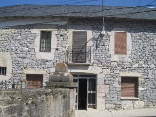 Alquiler amplia Casa para Estar en Babia, Cabrillanes