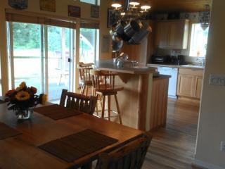 Villa d' Amoore - 2 BD Guest House Ranch Rental, Coeur d'Alene