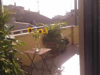 Fantastic 1 Bed Apt in City Centre with 2 Terraces, Alicante