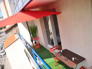 'LA HALLE' - Studio avec Balcon et Parking