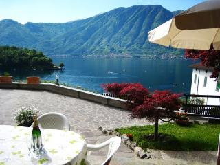 House Gloria, Overview on Lake Como, Sala Comacina
