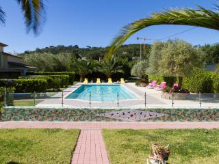 Peacefu Villa Apart. Pool Terrace Private Garden Parking Wi Fi Near Beach - Town