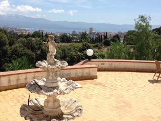 Grand F2 Rez-de-villa, belle vue mer, jardin, Ajaccio