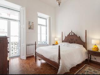 Charming Location Flat with Terrace Principe Real, Lisboa