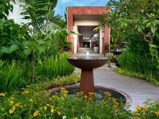Villa Amita entrance
