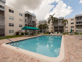 Condo in the Sunrise, close to Sawgrass Mills and Fort Lauderdale area