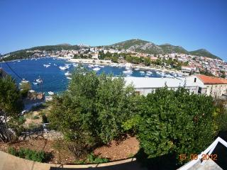 2 Bedroom Villa California, Amazing View, Hvar