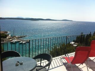 One&Only sea view apartment, Hvar