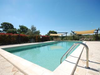 Stunning Trulli With Pool, Views, Air Con, WiFi