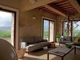 TUSCANY FOREVER RESIDENCE PRIVATE VILLA TEMPO