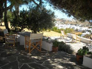 Farmhouse in Sifnos island, Apollonia