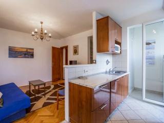 Apartment Mira 4