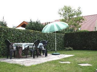 Ferienwohnung mit Garten & 2 Schlafzimmer