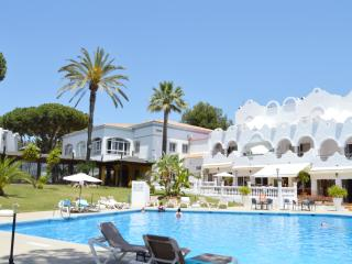 VIME RESORT, Marbella