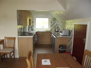 Glen Houses Mull, Chalet 2,  kitchen and dining area.