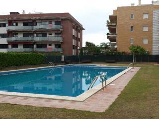 PRECIOSO APTO. EN CUNIT (Tarragona) 6 personas, Cunit