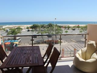 """VISTA MAR 1 e 2"" - Beach View - up to 6 persons, Monte Gordo"