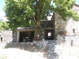Haut de Montpellier Maison de pierre piscine calme, Saint-Martial