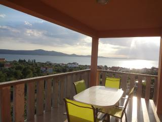 Apartment Hanna with sea view near Zadar, Sukosan