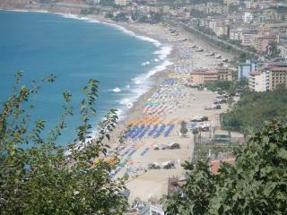 Large apartment with view to Kleopatra beach