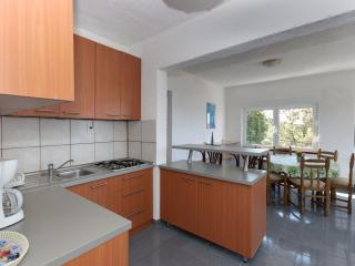Apartment Tomo 1, Supetarska Draga