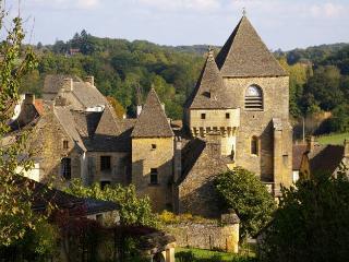 Proche de Sarlat vacances en Périgord Noir, Saint-Genies