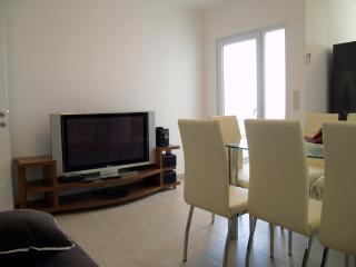 Spring Apartment Majer, Preko